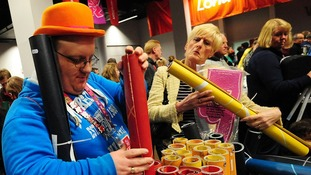 London 2012 fans rush to buy pieces of Olympic history
