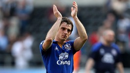 Leighton Baines claps Everton fans