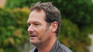 Former child star Mark Lester has vowed to prove he is the real father of Michael Jackson's three children.