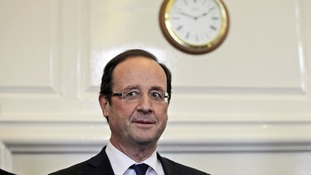 President Hollande speaks to journalists in London