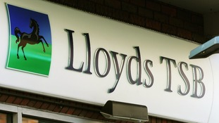 The Co-Operative Bank abandoned a bid to buy 630 branches from Lloyds