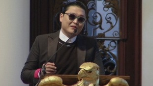 Psy addresses students at Harvard University
