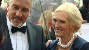 Paul Hollywood and Mary Berry speak to ITV's Nina Nannar