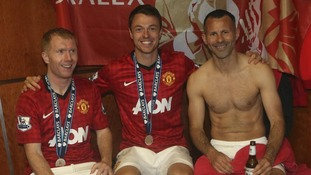 Paul Scholes, Jonny Evans and Ryan Giggs celebrate their victory