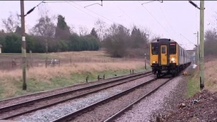 Warnings about dangerous level crossings