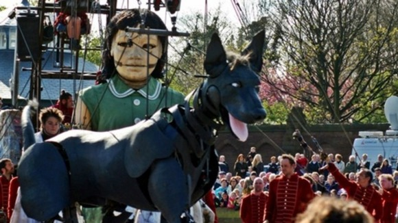 Puppets Little Girl Giant and her dog Xolo 