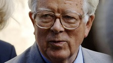 Lord Howe: Cameron is &#x27;losing control&#x27; of Tory party
