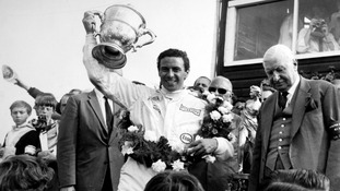 Duns celebrates 50th anniversary of Clark's F1 title win