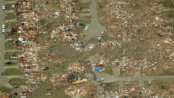 An aerial view of damage to neighbourhoods in Moore, Oklahoma.
