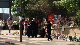 A relative leaves flowers in Woolwich