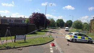 Police cordon at Luton murder scene