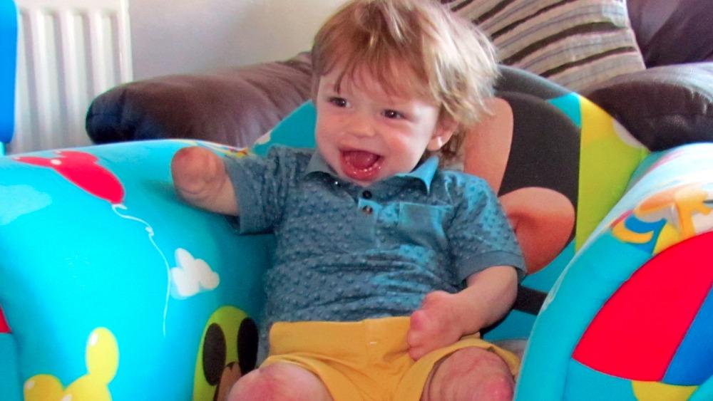 Parents call for Meningitis B vaccine for children - ITV News