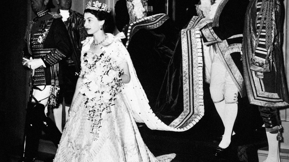 The coronation gown worn by Elizabeth II in 1953 | Central - ITV News