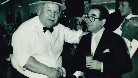 Ronnie Corbett shaking hands with Tubby Issac