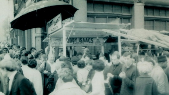 Crowds surrounding the stall in 1960s