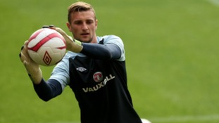 Norwich City goalkeeper Declan Rudd has signed a new deal with the Canaries