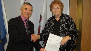 Presiding Officer Rosemary Butler with Ieuan Wyn Jones