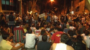 Hundreds blocked roads as demonstrations against the high cost of public transport continue