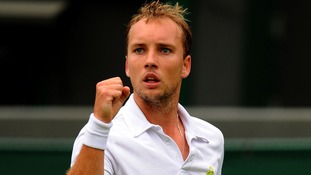Steve Darcis beat Rafael Nadal in straight sets