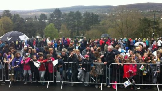 Crowds in Merthyr waiting to see the Queen