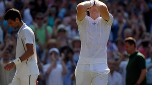 Murray holds his head in disbelief