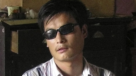 Activist Chen Guangcheng has escaped house arrest in China