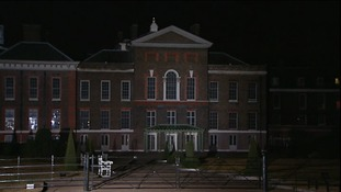 Kensington Palace tonight, where Prince of Cambridge is spending his first night after leaving hospital in London.