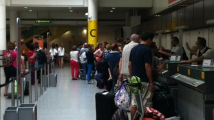 Queues at airport