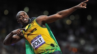 Usain Bolt has followed his London 2012 heroics by winning the 100m event in the 'Anniversary Games'.