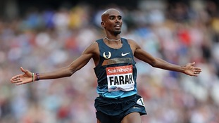 Great Britain's Mo Farah celebrates winning the men's 3000 metres during day two of the London Diamond League meeting.