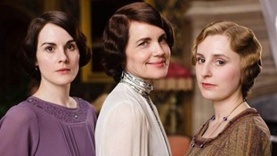 Lady Mary with her mother and sister Edith