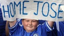 Chelsea fans welcome back Jose Mourinho