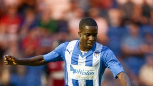 Tosin Olufemi has signed a new contract with Colchester United