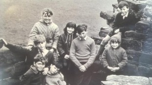 Children in Flint Castle photograph reunite 50 years on
