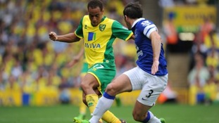 Norwich City winger Elliott Bennett has committed his future to the Canaries