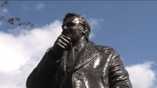 Bronze Don Revie statue