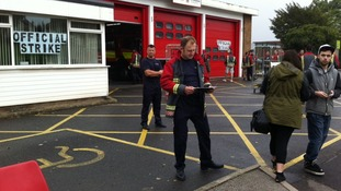 Stockhill firefighters gather support for the strike