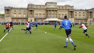 The football match place in front of Buckingham Palace