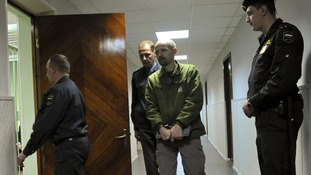 Frank Hewetson arriving at Murmansk Octyabrskii Regional Court for his bail hearing