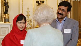 Malala and her father Ziauddin spoke to the Queen about her past visits to Pakistan. .