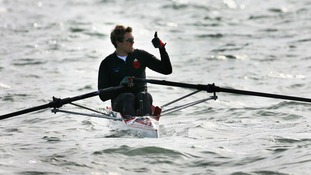 Olympic rower James Cracknell leaves Dover for his Cross-Continent Challenge in 2007.