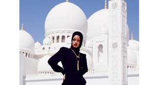 Rihanna was asked to leave the Sheikh Zayed Grand Mosque.