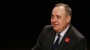 Scotland's First Minister Alex Salmond has begun talks with the Unite union over the mooted Grangemouth closure.