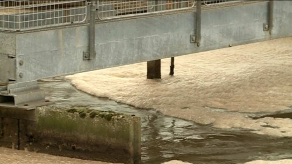 people near exeter u0026 39 s only sewage treatment works say smell