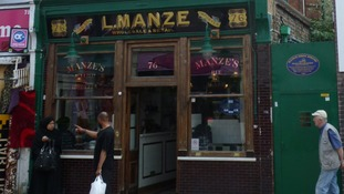 Manze Eel, Pie and Mash Shop on Walthamstow High Street