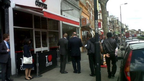 RBS boss Stephen Hester takes stroll down Streatham High street