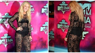 Ellie Goulding on the red carper of the 2013 MTV Europe Music Awards.