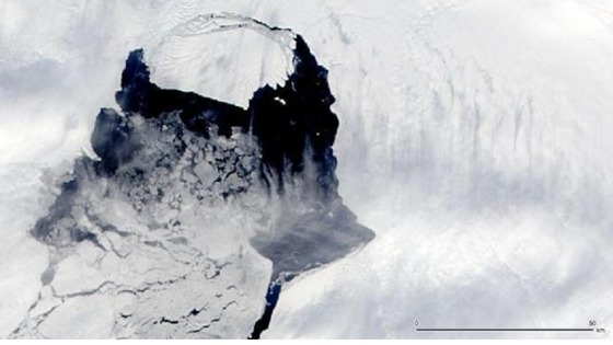 A satellite image of the massive iceberg 'calving' from Pine Island Glacier in Antarctica