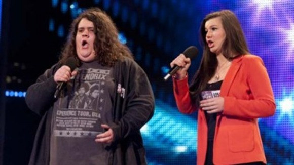 Jonathan and Charlotte sing for the judges