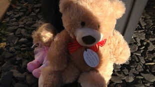 Teddy Bears have been left outside the home of a toddler who died yesterday.